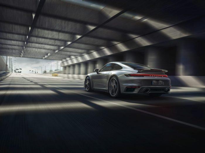 Porsche 911 turbo s met verbeterde vierwielaandrijving